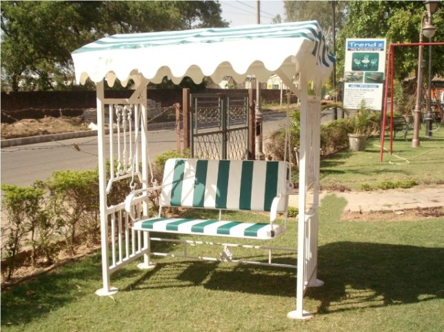 Garden Jhula Garden Furniture Steel Furniture Manufacturer